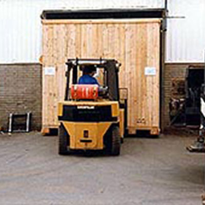 timber packaging solutions - packing cases, packing crates, wooden pallets - R. West & Son